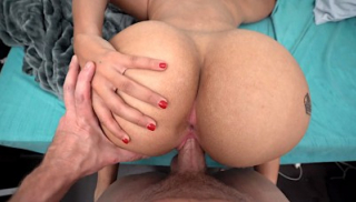 Look At This Ass!