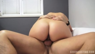 European Amateur Andrea Knows How To Use Cock